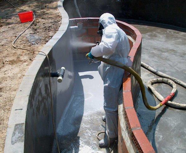 Полиуретановую гидроизоляцию можно наносить методом аэрозольного напыления.