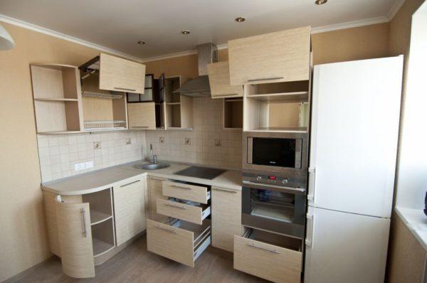 После переезда вам нужно только расставить по местам мебель.