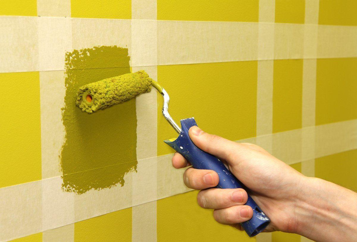 Покраска стен водоэмульсионной краской своими руками в ванной