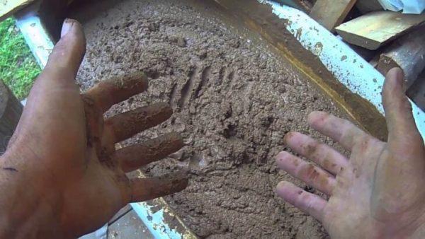 Приготовление штукатурного раствора в домашних условиях своими руками обходится на порядок дешевле, использования готовых смесей.