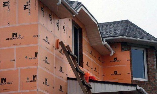 Прочный и долговечный утеплитель отлично подходит для фасадных работ