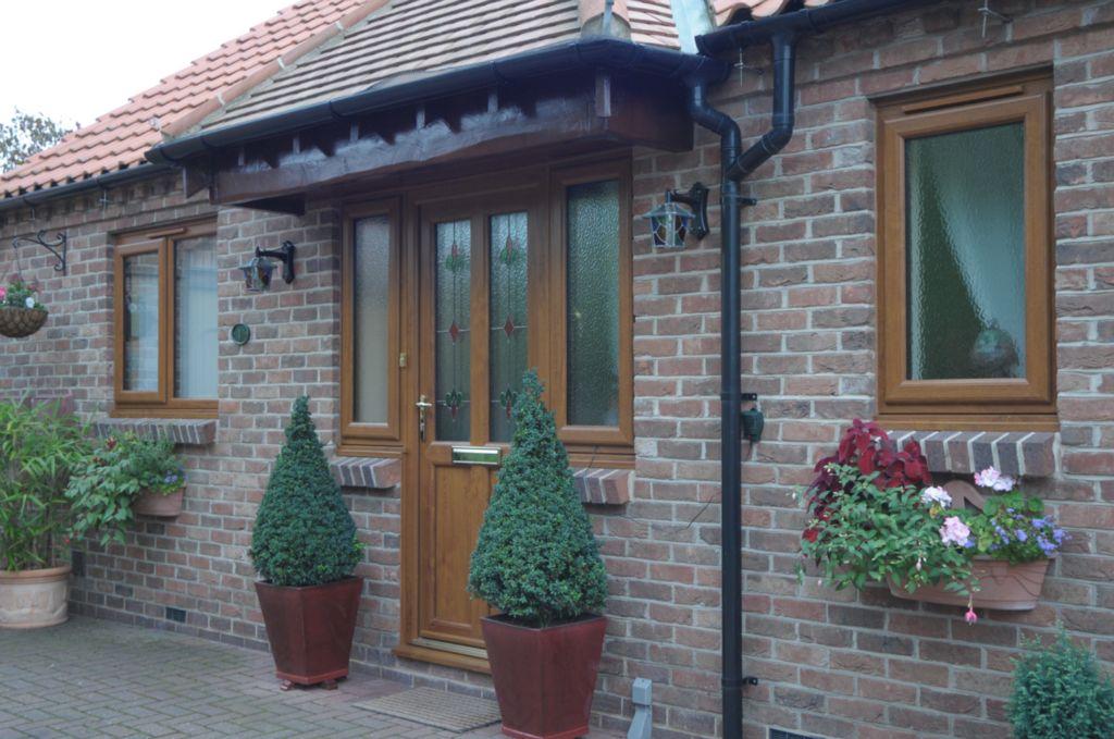 двери входные и окна