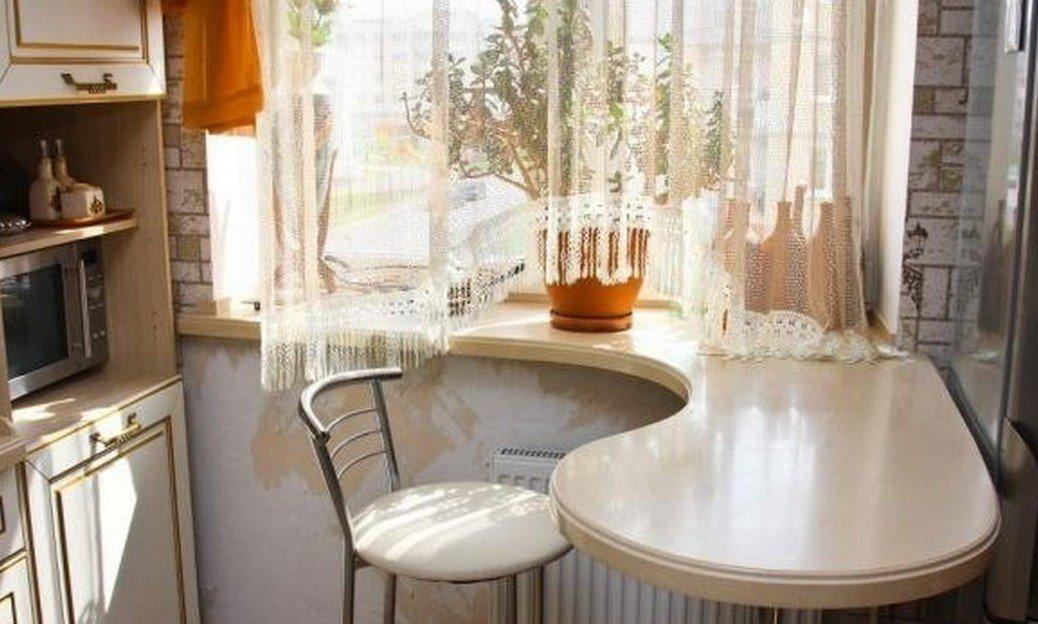 Кухонное окно: оформление шторами в классическом стиле и дру.