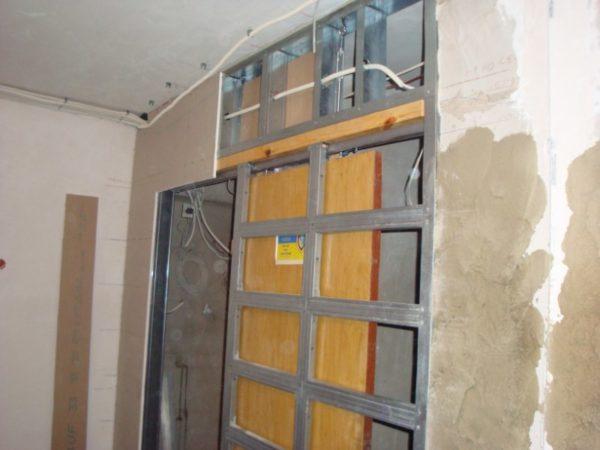 Раздвижная дверь в гипсокартонной перегородке