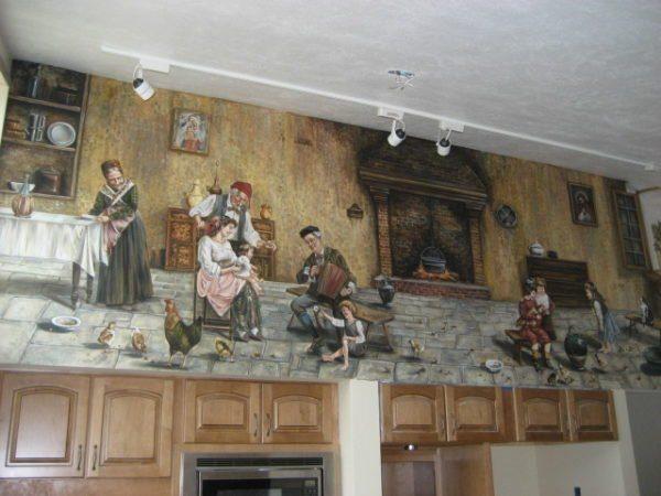 Роспись верхнего уровня кухни считается хорошим решением.