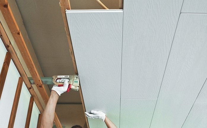 Пвх-панели для обшивки потолка.