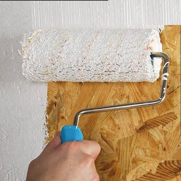 С помощью валика можно быстро покрасить все поверхности.