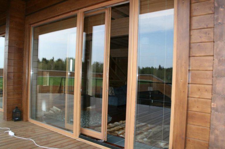 Раздвижные двери на террасу цена от 30000 рублей/м2.