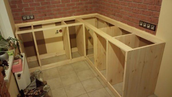 Сборка самодельного шкафа под мойку и рабочую поверхность