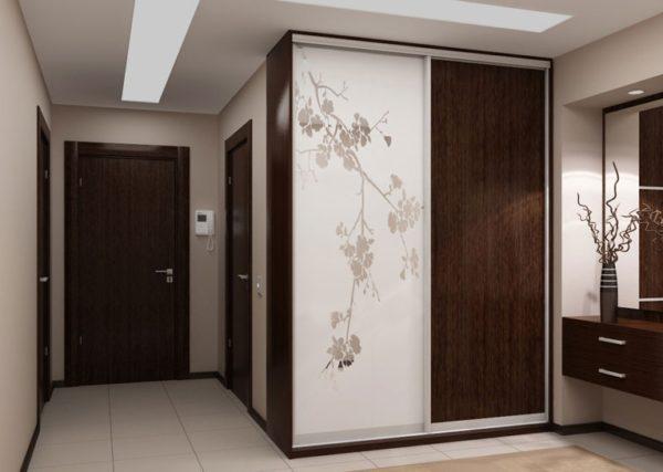 Шпон можно подобрать под двери и другую мебель, чтобы создать единый стиль оформления