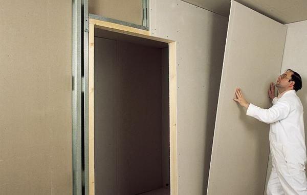 Сооружение перегородки из ГКЛ с дверным проемом