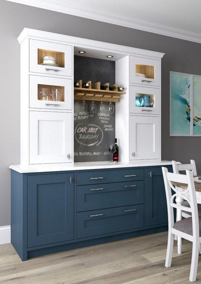 Современная кухонная мебель с подсветкой пользуется большой популярностью.