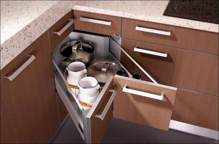 Как сделать выдвижной ящик в цоколе кухни