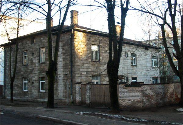 Старейший жилой дом из газобетона.