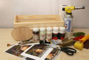 table_pic_att15106866757-300x202 Декупаж мебели своими руками: фото, пошаговая инструкция, советы