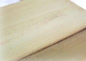 table_pic_att151068670032-300x212 Декупаж мебели своими руками: фото, пошаговая инструкция, советы