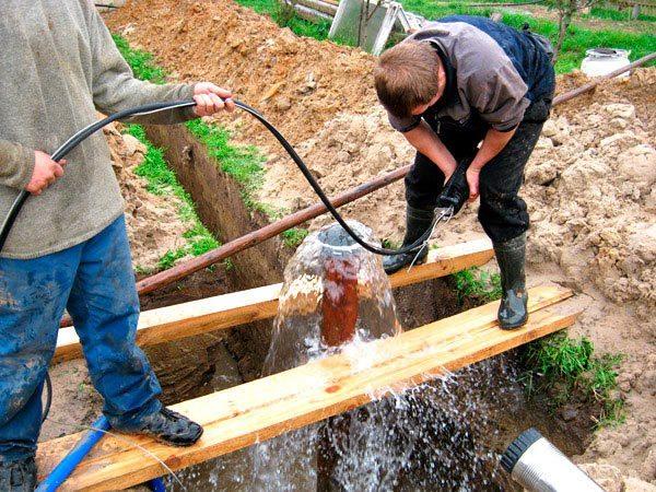 Такого напора воды будет более чем достаточно для удовлетворения всех бытовых нужд
