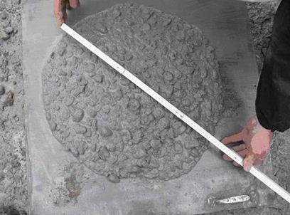 Текучесть бетона зависит от качества присадки.