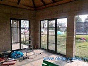 Окна для веранды популярных вида материалов com  Теплое остекление веранды с использование пластиковых окон