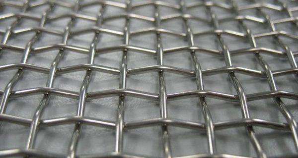 Тканый вариант прочен и долговечен благодаря нанесению цинкового покрытия
