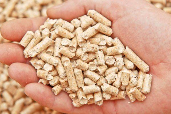 Цвет гранул зависит от сырья, из которого они изготовлены