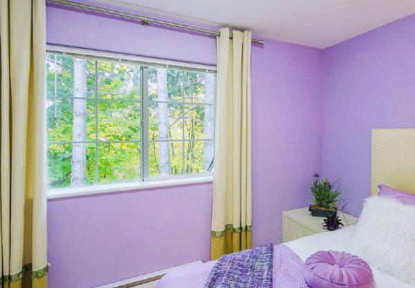 Цвет штор должен встречаться в оформлении помещения