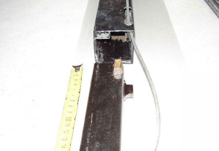 В полости штатива можно пропустить трос подъёмного механизма