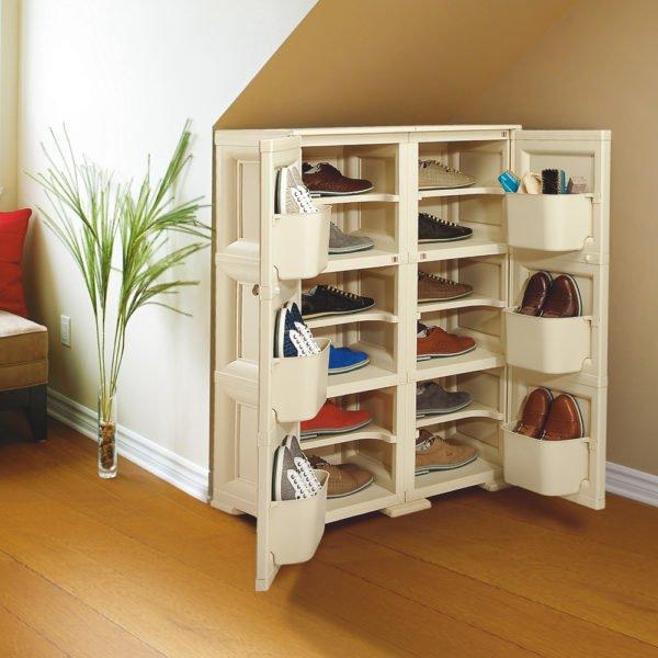 Вместительный обувной шкафчик