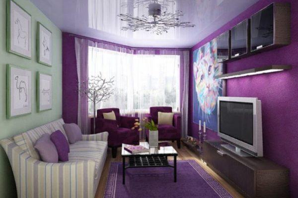 Все оттенки фиолетового лучше смотрятся в комбинации с другими тонами