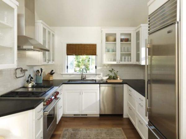 Выбор планировки – первое, с чего необходимо начать обустройство кухни