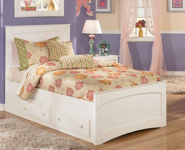 Ящики в кроватях — это дополнительное место для хранения постельного белья и других вещей