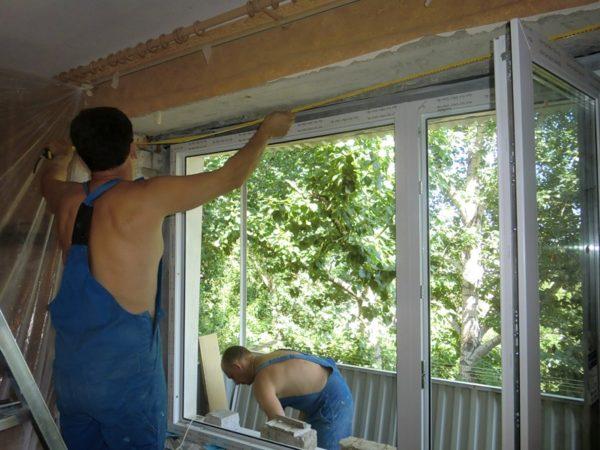 Замена окна на пластиковое.