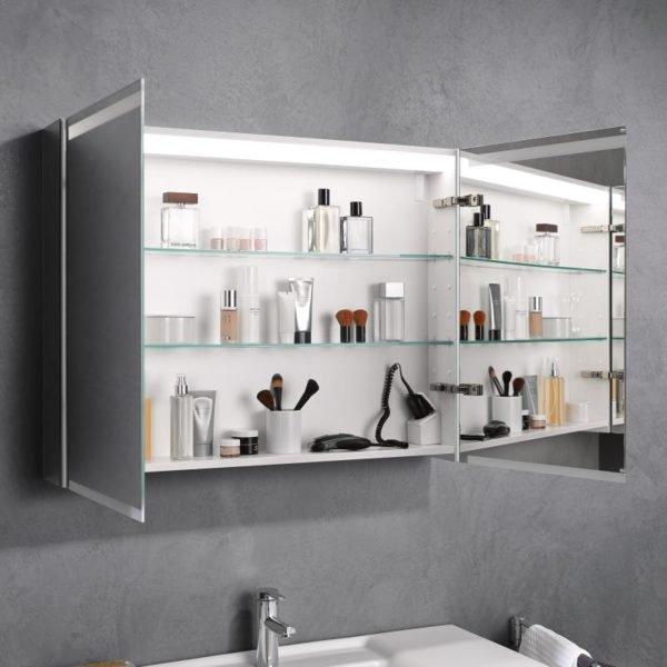 Зеркало можно установить не только с внешней, но и с внутренней стороны