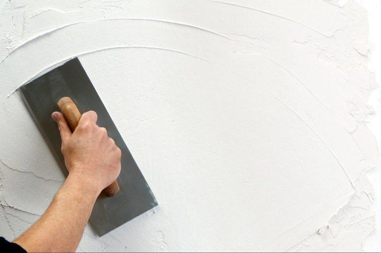 Ремонт своими руками стены шпаклевка
