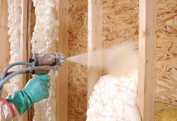 Жидкая теплоизоляция для стен подходит для использования и внутри и снаружи зданий